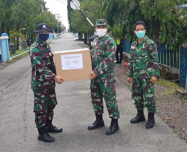 Dharma Pertiwi Pusat Salurkan Bantuan APD Dan Masker Untuk Satuan Kerja TNI di Wilayah Kalimantan Selatan