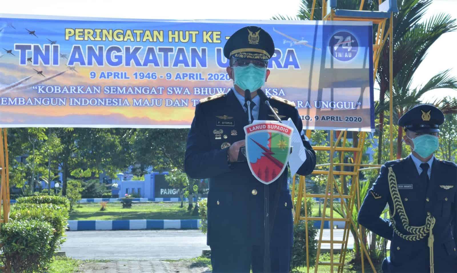 Upacara HUT Ke-74 TNI AU di Lanud Supadio