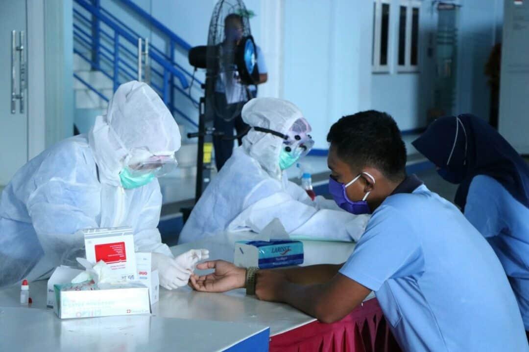 Personel Skadron Udara 11 Lanud Sultan Hasanuddin Adakan Rapid Test Covid-19