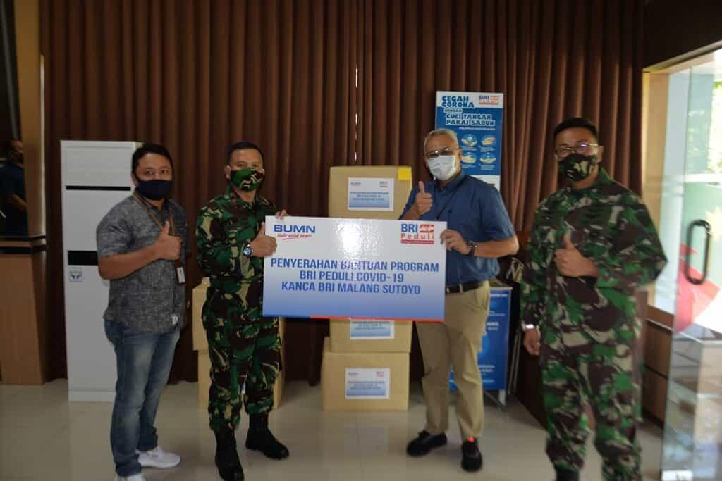 Kanca BRI Malang Sutoyo Beri Bantuan APD kepada Lanud Abd Saleh