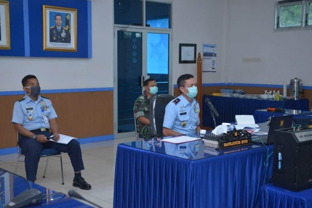 Komandan Lanud Sultan Hasanuddin mengikuti Rapat Staf dengan Pangkoopsau II melalui Video Conference