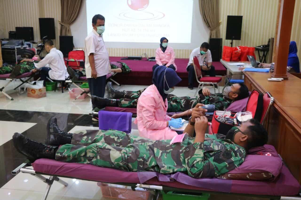 Peringati HUT Ke-74 TNI AU, Lanud Halim Perdanakusuma Sumbang 89 Kantong Darah