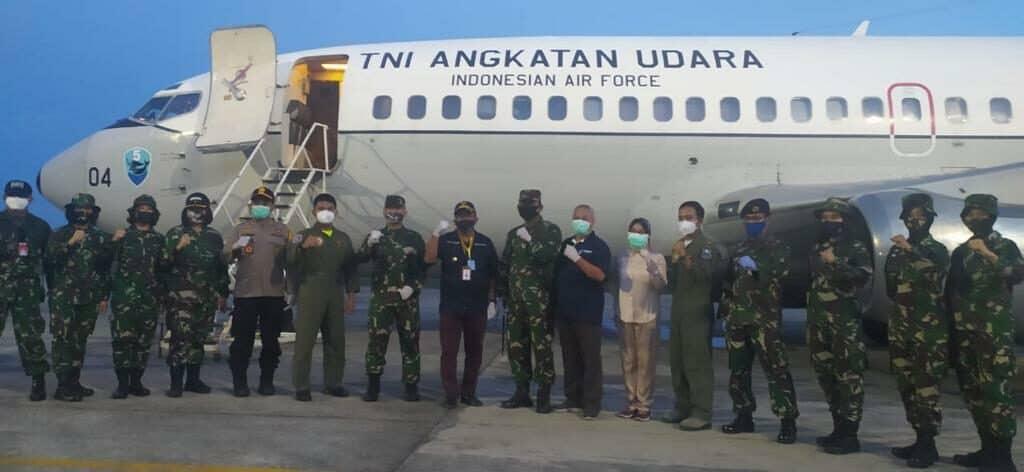 Distribusikan APD ke Sulawesi, TNI AU Kerahkan Pesawat Boeing 737 dari Skadron Udara 5 Lanud Sultan Hasanuddin