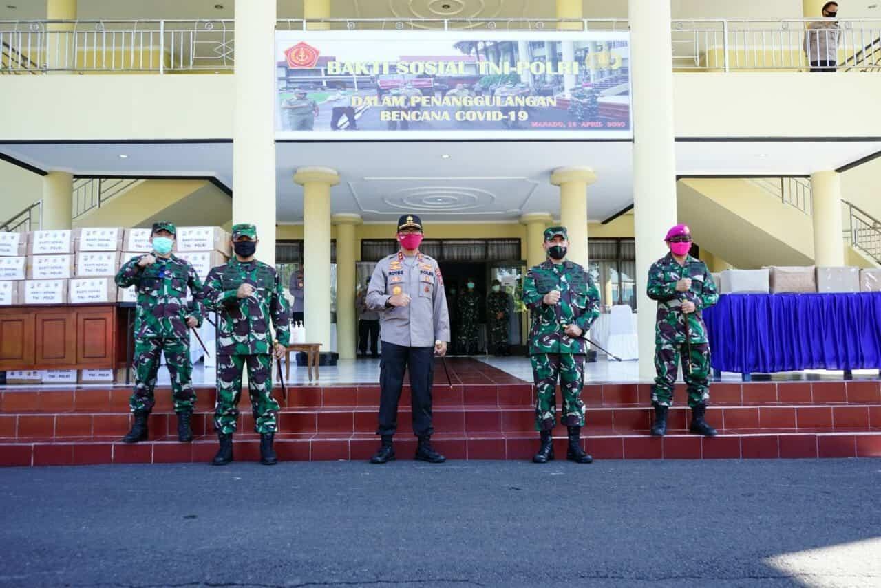 Sinergitas TNI-Polri Sulut Berbagi Rejeki Dengan Warga Terdampak Covid-19