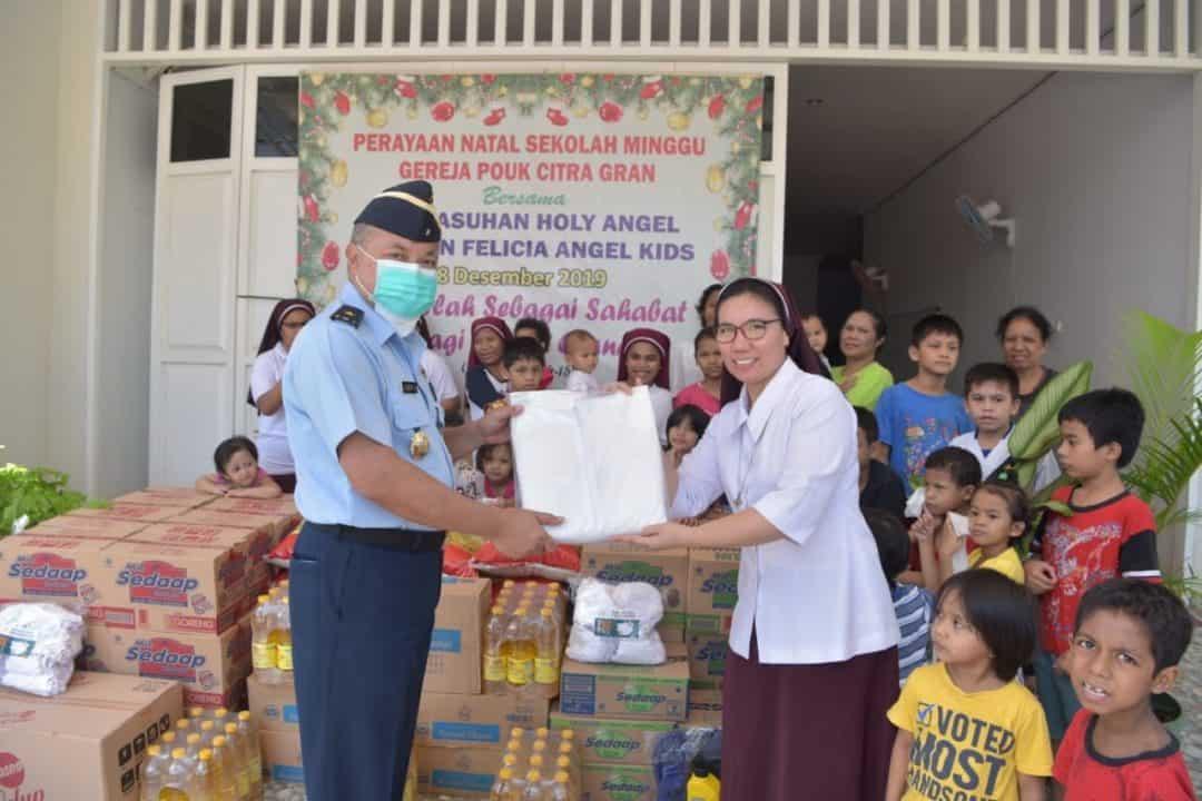 Menjelang Peringatan HUT ke-74, TNI AU Melaksanakan Kegiatan Bakti Sosial