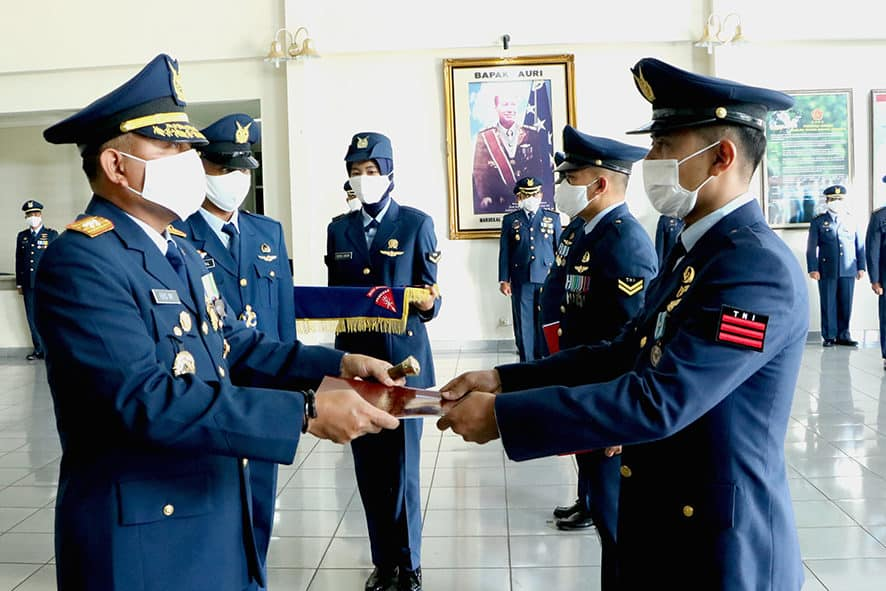 Upacara Peringatan Ke-74 HUT TNI AU