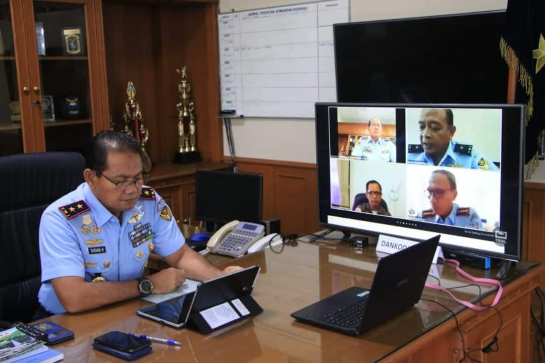 Dankodiklatau Pimpin Rapat Via Teleconfrence