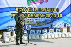 Peduli Dampak Covid-19, Wira Club Lanud Iswahjudi dan Insub Bagikan 500 Paket Sembako