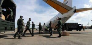 Komandan Lanud Sutan Sjahrir Serahkan Alat Pelindung Diri Kepada Satgas Gugus Tugas Daerah penanganan Covid-19 dan BPBD Sumbar