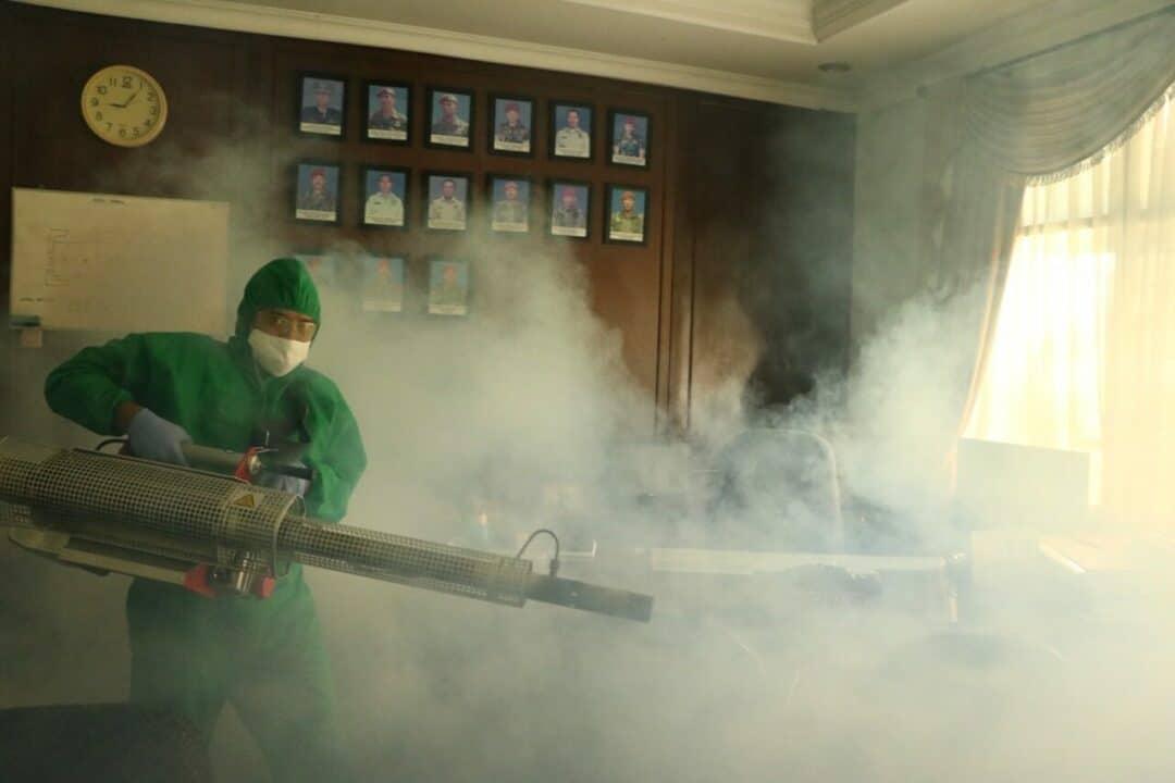 Hadapi Serangan DBD Satkes Mako Korpaskhas Fogging Kesatrian