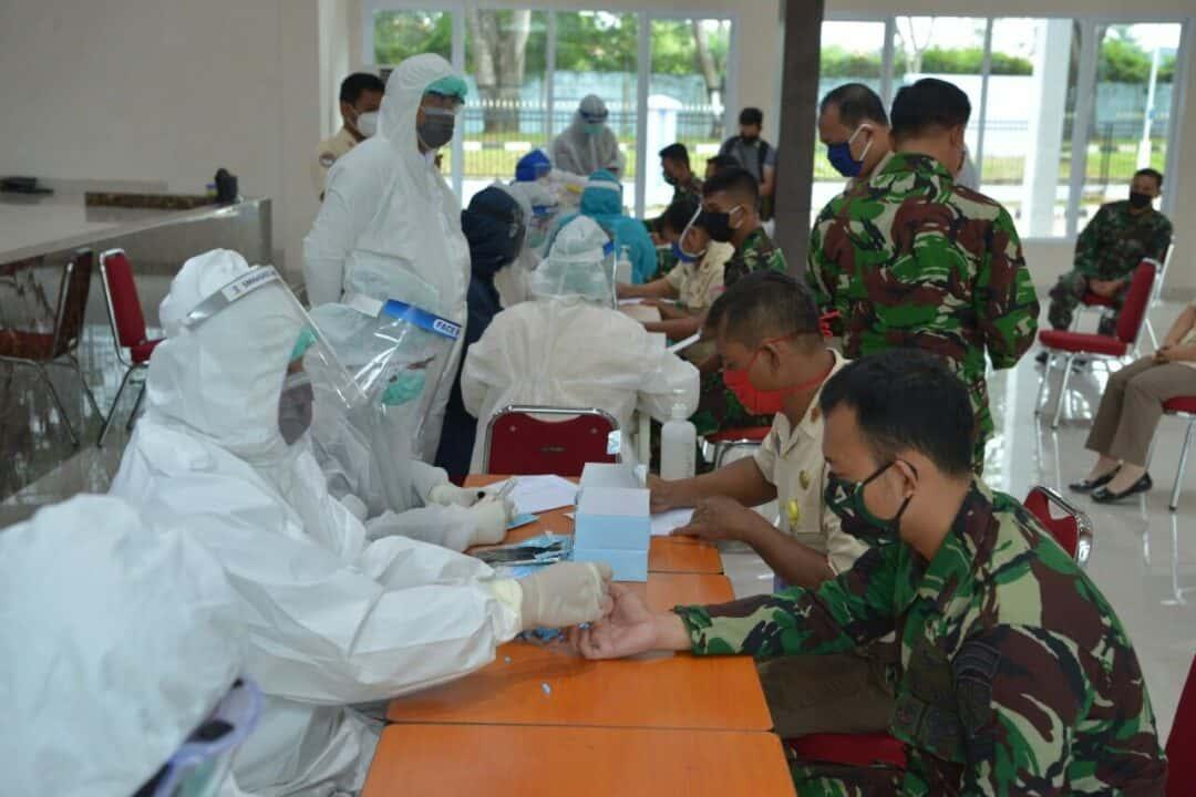 Rapid Test Covid-19 Bagi Personel Lanud Sultan Hasanuddin.