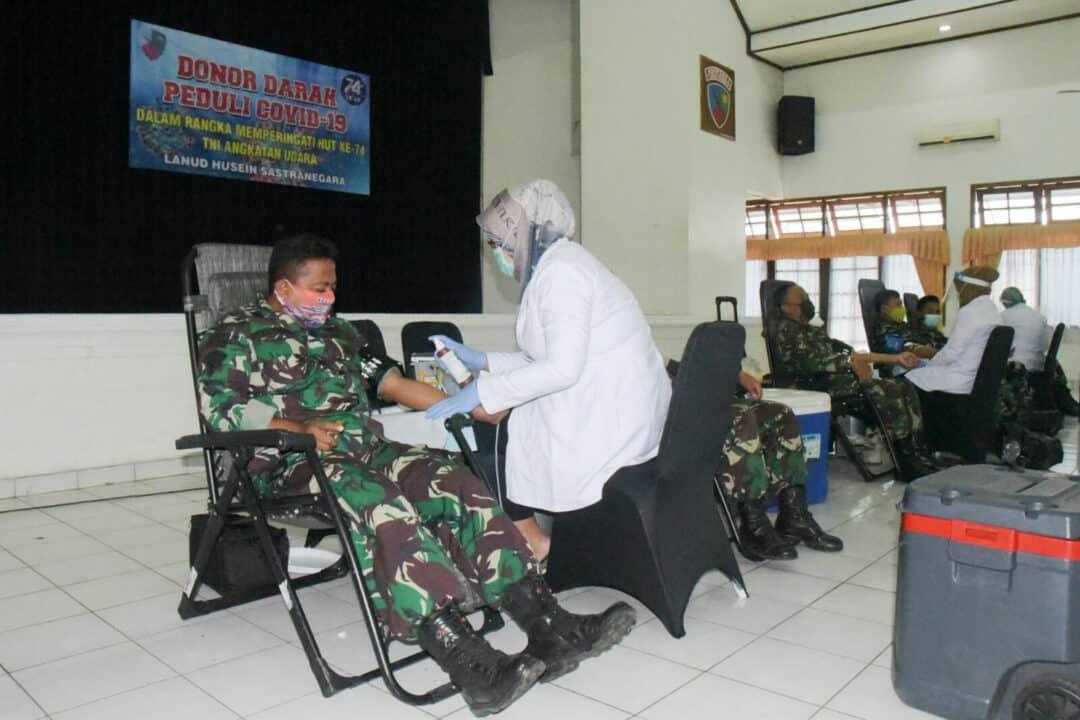 Bantu PMI, Lanud Husein Sastranegara Donorkan Darah