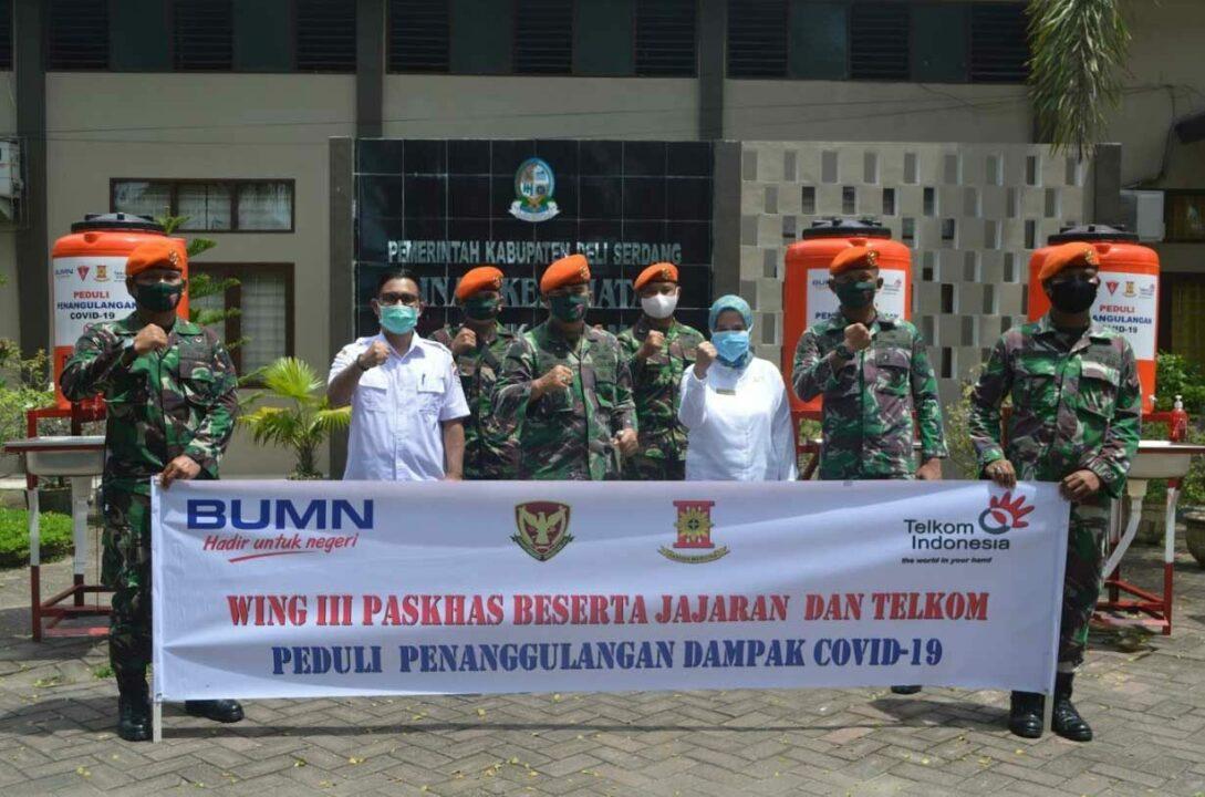 Wing III Paskhas dan Jajaran Kembali Salurkan Bantuan Alat Pelindung Diri (APD)
