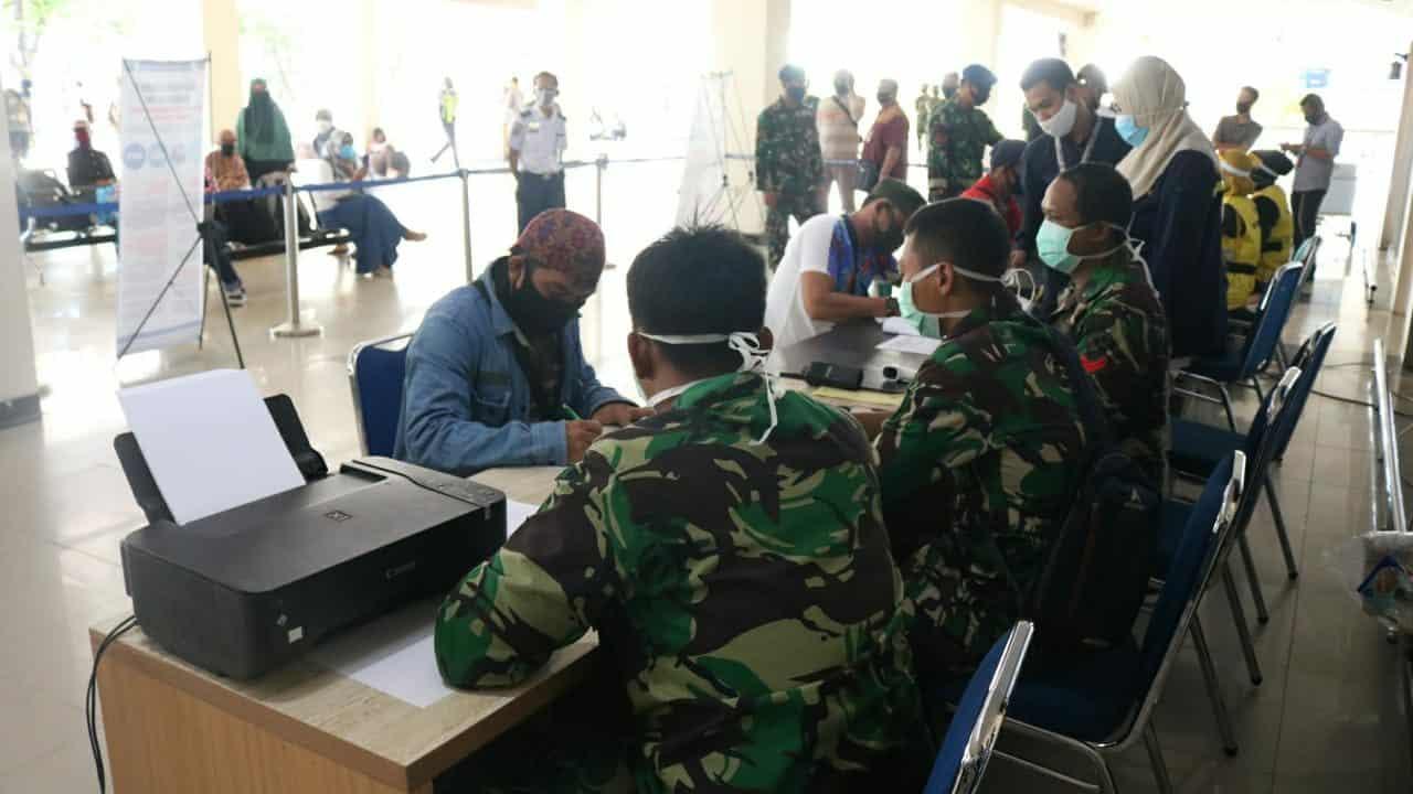 Cegah Penyebaran Covid-19 dengan Protokol Kesehatan di Bandara