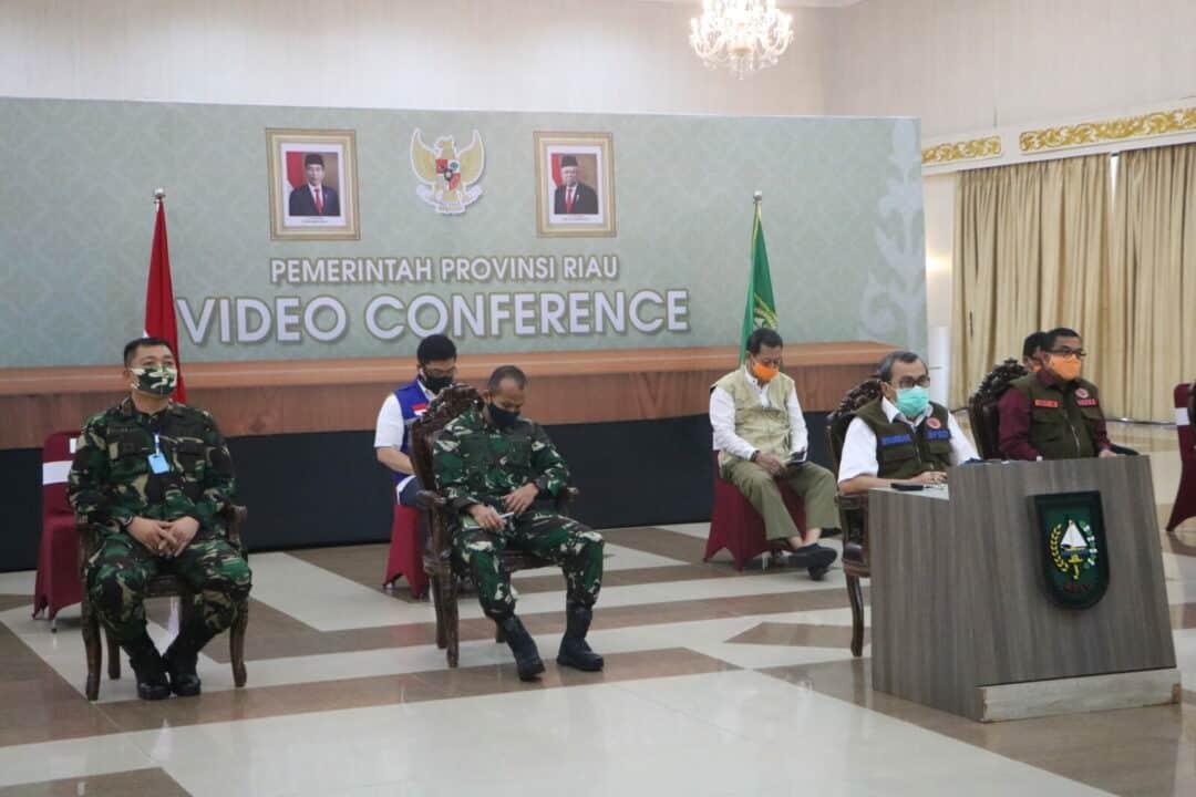 Danlanud Rsn Damping Gubernur Riau Rakor Melalui Video Conference Bersama Ketua Gugus Tugas Nasional