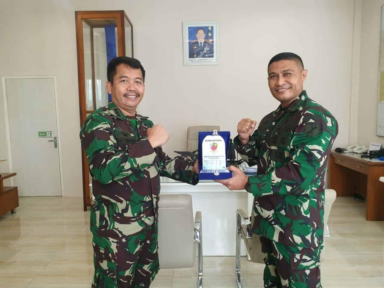 Danlanud Sam Ratulangi Terima Kunjungan Mantan Danrem 131/Stg