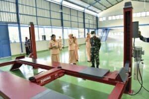 Ketua Yasarini Cabang Lanud Adisutjipto resmikan ruang praktik SMK Penerbangan AAG Adisutjipto
