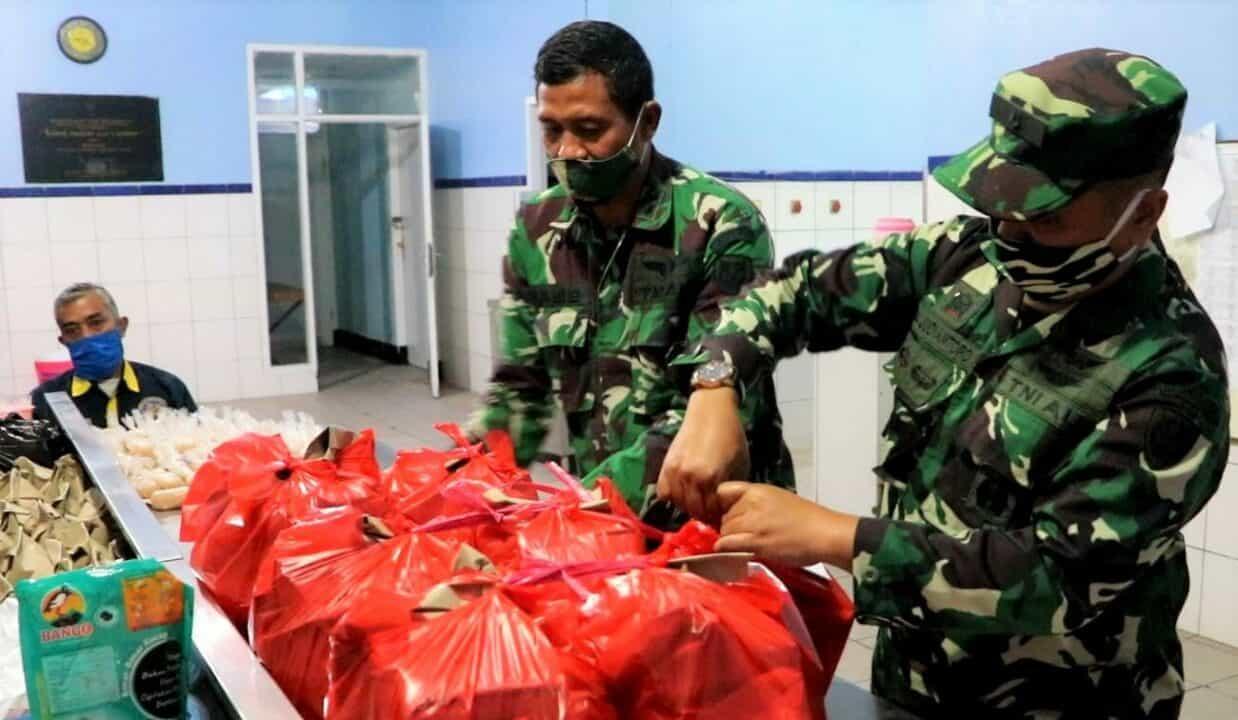 14.000 Bantuan Makanan Dibagikan Seskoau