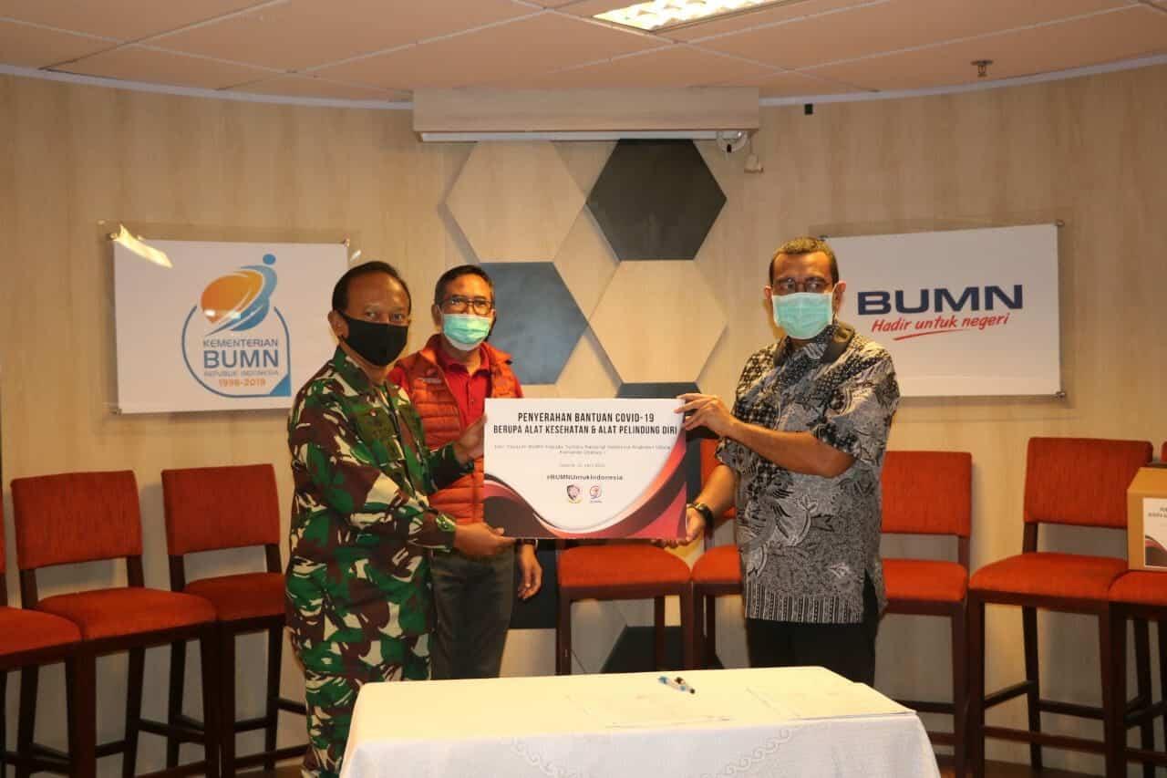 Koopsau I Terima Bantuan Alkes Dari Yayasan BUMN Hadir Untuk Negeri