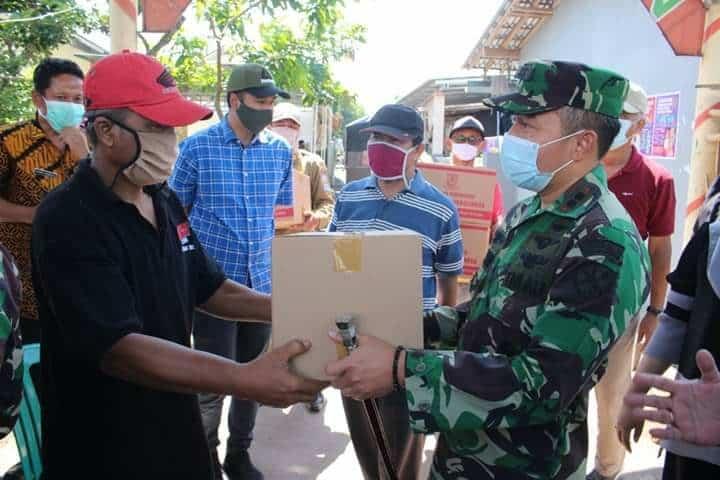 Komandan Lanud Jenderal Besar Soedirman Tinjau Lokasi Karantina dan Wilayah di Kabupaten Purbalingga yang Memberlakukan PSBB (lokal)