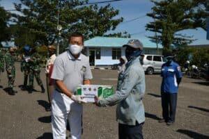 Yayasan Warga Tiongha Dan Budhha Zhu Chi Kota Padang Serahkan Bantuan Sembako