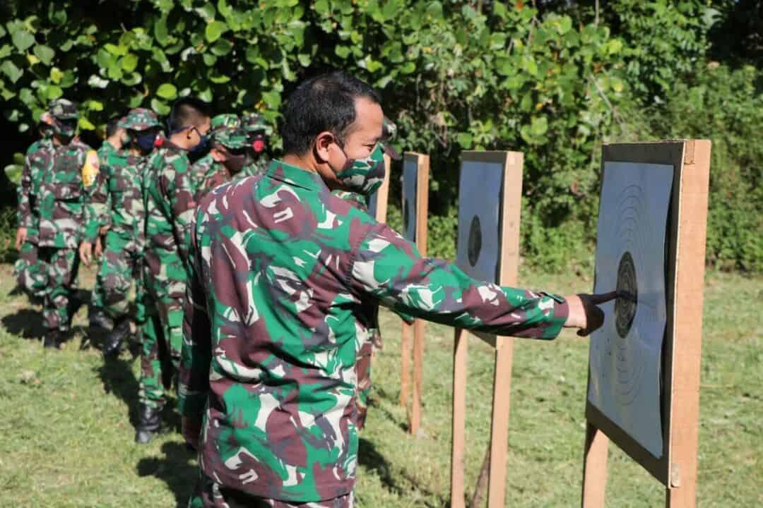 "Komandan Lanud Sutan Sjahrir "" Tetap Jaga Social Distancing"""