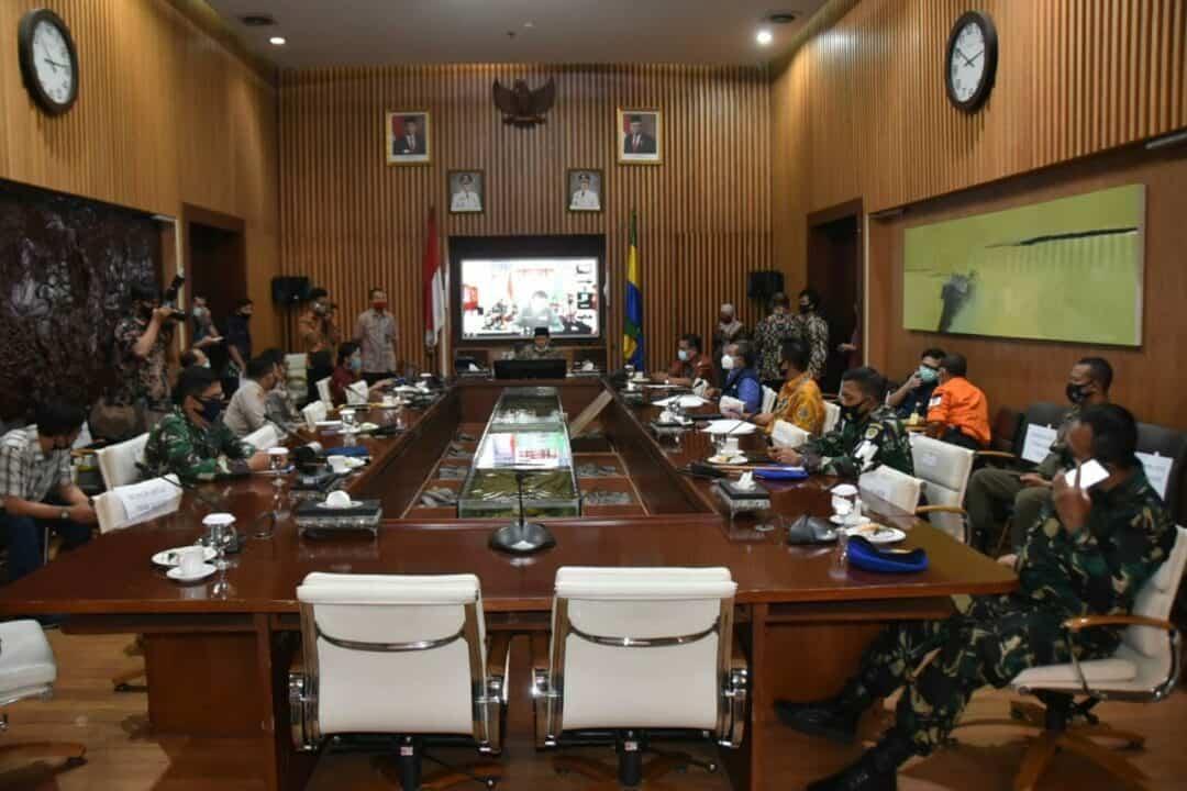 Danlanud Husein Sastranegara Rapat Evaluasi PSBB Tahap III Kota Bandung