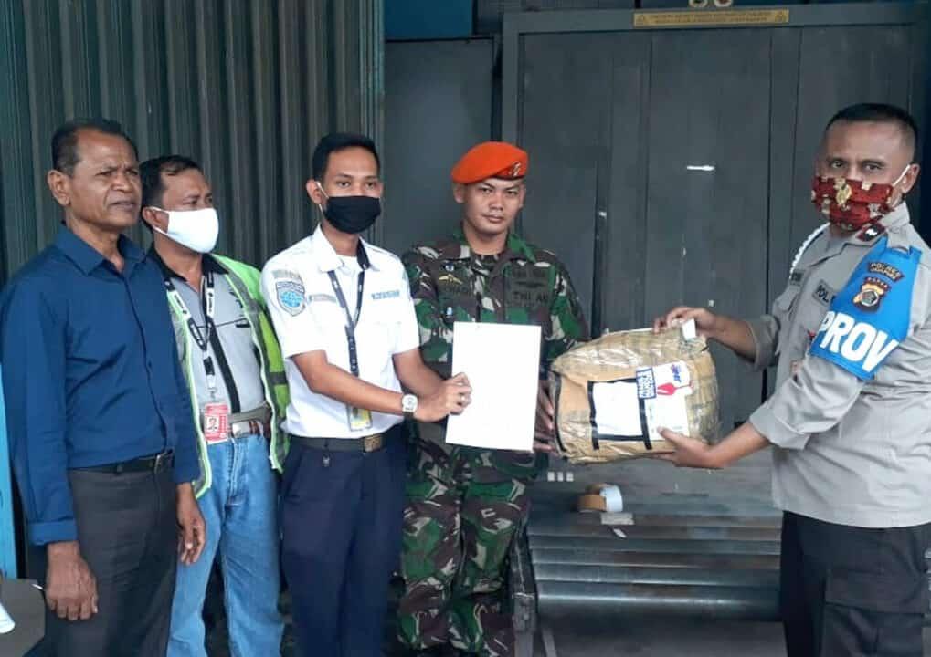 Satgas Pamrahwan Yonko 462 Paskhas Gagalkan Pengiriman Sabu di Bandara Sentani