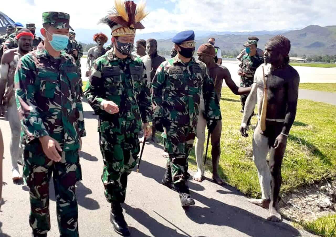 Satgas Pamrahwan Yonko 462 Paskhas Melaksanakan Pengamanan Kuker Pangkoopsau III di Wamena
