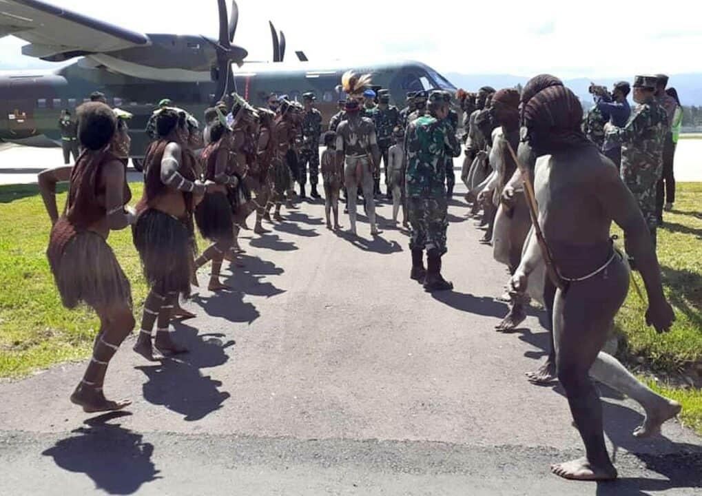 Satgas Pamrahwan Yonko 462 Paskhas Pos Wamena Melaksanakan Pengamanan Kuker Pangkoopau III di Wamena