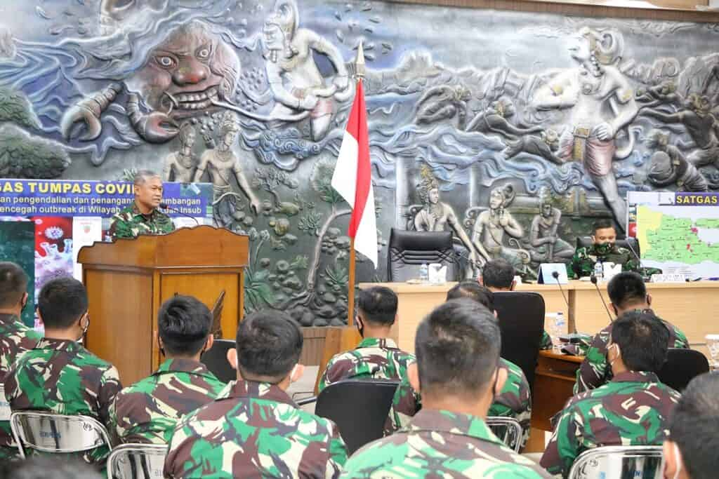 Pangkoopsau II Memotivasi Segenap Aircrew Lanud Abdulrachman Saleh