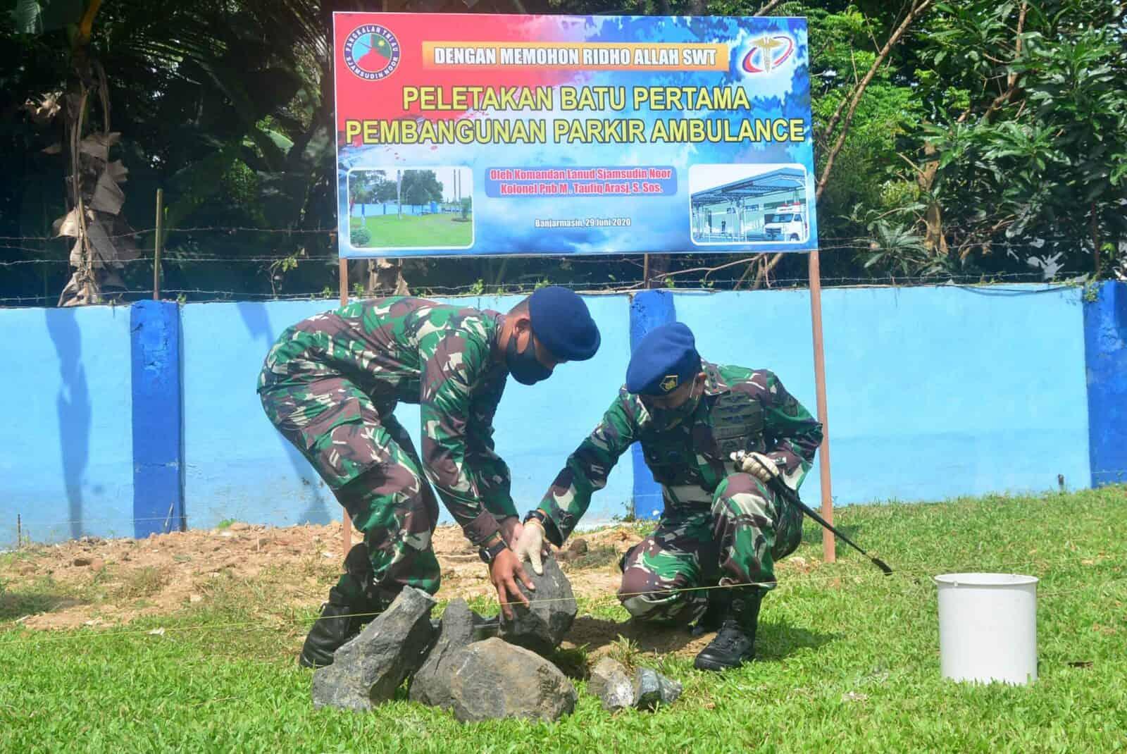 Peletakan Batu Pertama Pembangunan Shelter Parkir Ambulance Rumah Sakit TNI AU Sjamsudin Noor