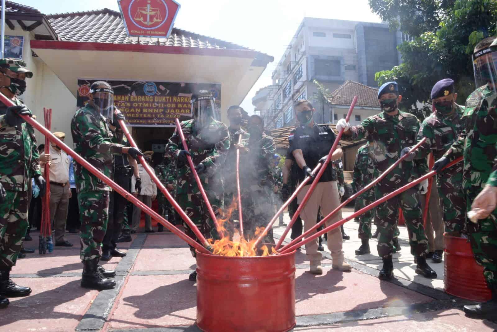 Otmil Bandung Musnahkan Lima Kg Sabu