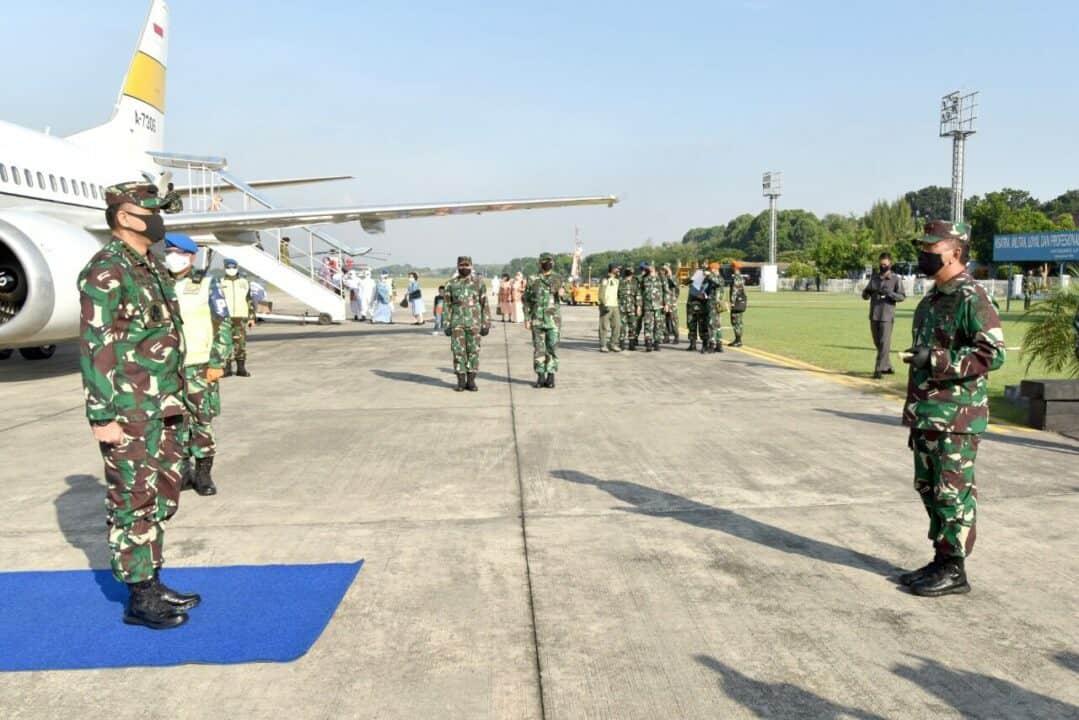 Danlanud Adisutjipto sambut kedatangan kunjungan kerja Kasau ke Yogyakarta