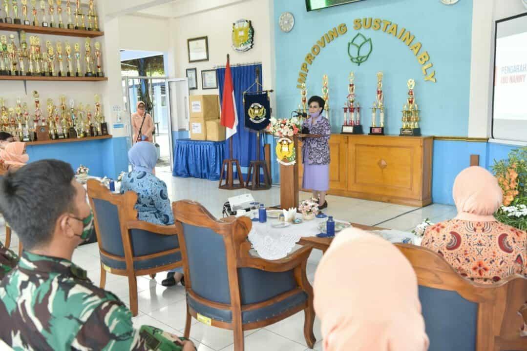 Kunjungan Kerja, Ketum Yasarini Ibu Nanny Hadi Tjahjanto berharap Sekolah Angkasa Optimis Tingkatkan Kualitas dan Kerjasama