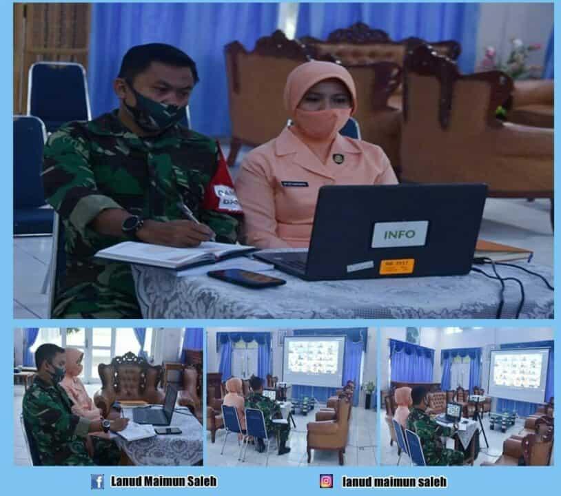 Komandan Lanud Maimun Saleh Beserta Ketua Pia Ardhya Garini Cabang 16/Daerah I Lanud Maimun Saleh melaksanakan Vicon (Video Conference).