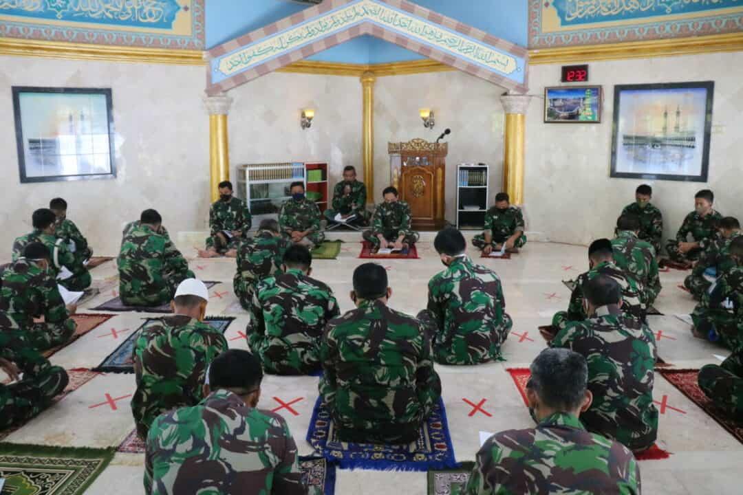 Kosekhanudnas II Gelar Doa Bersama Di Masjid Al Khabir