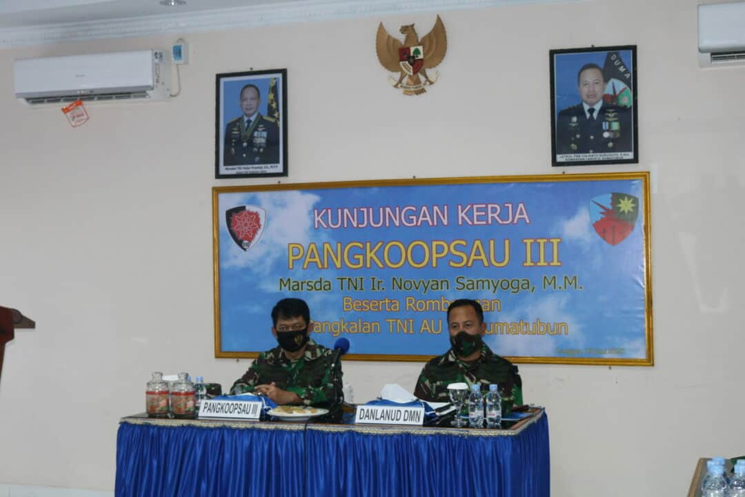 Kunjungan Kerja Pangkoopsau III di Lanud D. Dumatubun