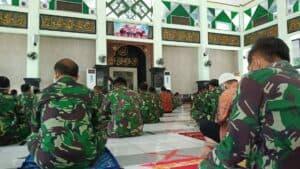 Salat Jumat Perdana Masa Transisi Normal Baru di Mabes TNI AU