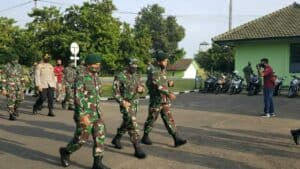 Komandan Lanud Sugiri Sukani hadiri Kunjungan Kerja Panglima Divisi Infanteri I Kostrad di Batalyon Infanteri 321 Galuh Taruna.
