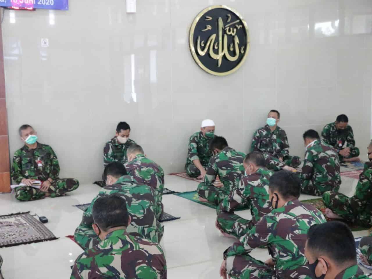 Doa bersama dilantunkan dari Makoopsau I untuk Indonesia