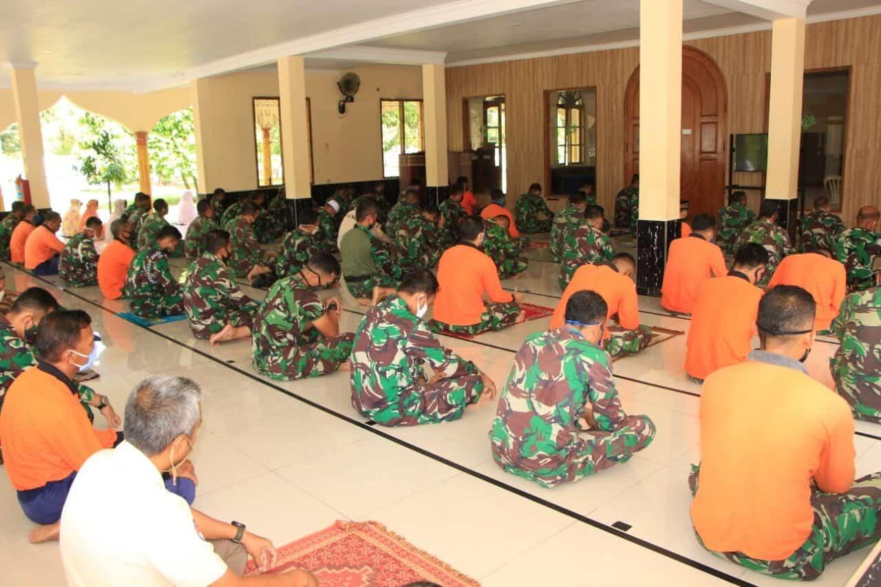 Lanud Suryadarma Melaksanakan Doa Bersama untuk Mempercepat Pemulihan Wabah Covid 19