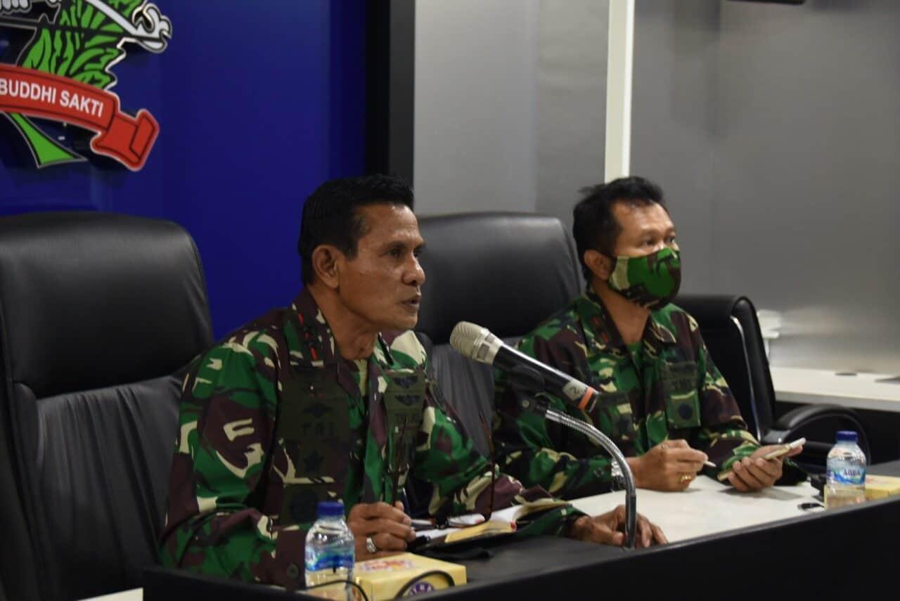 Dankoharamatau : Memberikan Pengarahan Kepada Komandan Satuan