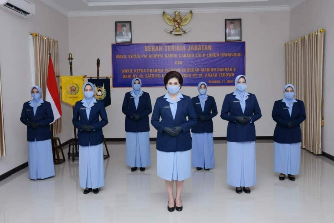 Ny. Yanti Ikoputra Pimpin Sertijab Sejumlah Jabatan PIA AG Cab.2/D.II Lanud Iswahjudi