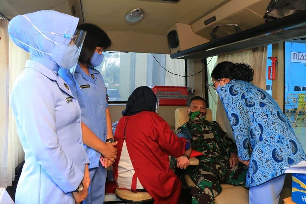 Jelang Hari Bakti TNI AU ke-73 Tahun 2020 Lanud Abd Saleh dan Insub Gelar Donor Darah
