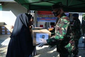Bersempena Hari Bakti TNI AU Ke-73 Lanud Rsn Bantu Warga Kurang Mampu
