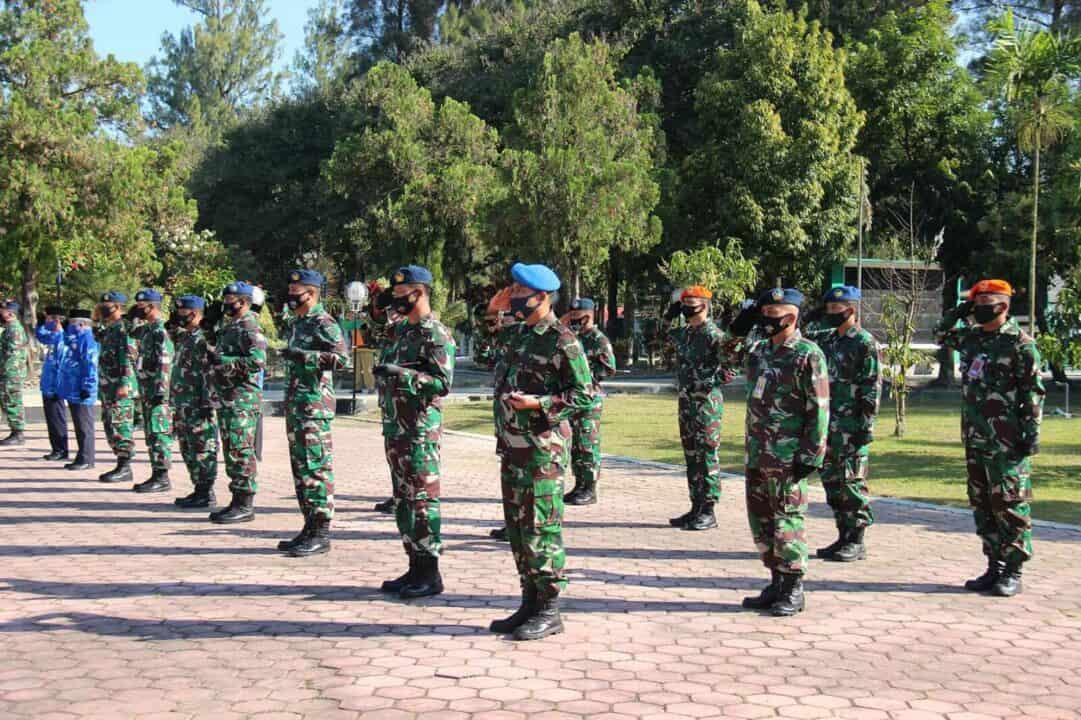 PERINGATI HARI BAKTI KE-73 TNI AU, YONKO 464 PASKHAS IKUT SERTA ZIARAH ROMBONGAN DI TMP SUROPATI MALANG
