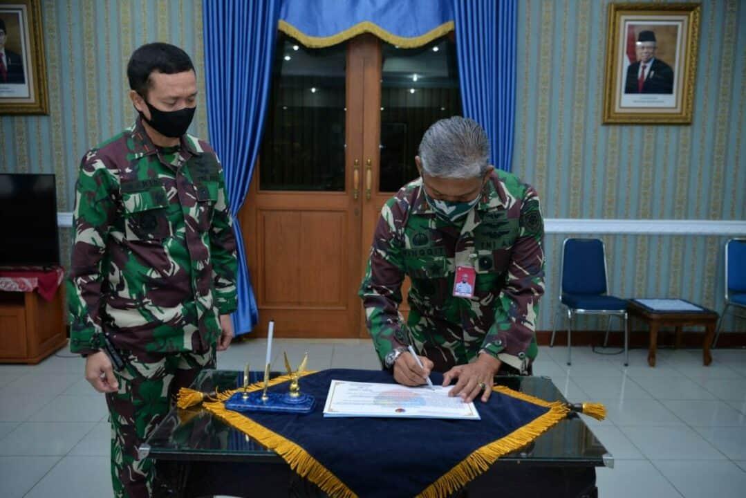 Lanud Sultan Hasanuddin Bangun Komitmen Pencanangan Zona IntegritasDi Tengah Covid-19
