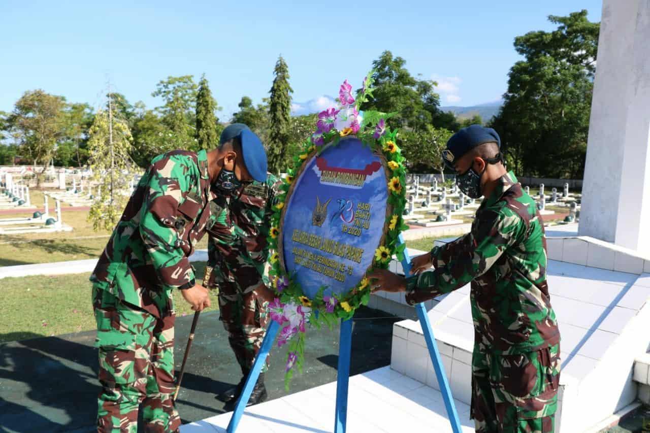 Mengenang Jasa Pahlawan, Lanud SPR Ziarah Ke TMP Kesuma Trikora Dalam Rangka Hari Bakti Ke-73 TNI AU