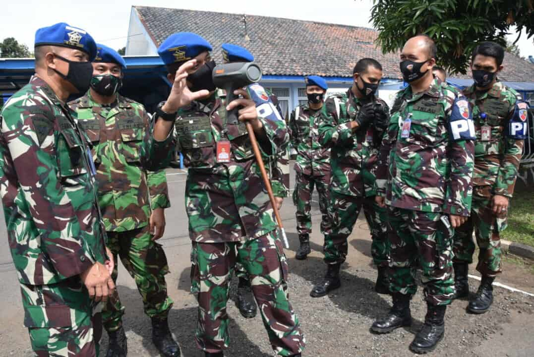 Sosialisasi Binpom Puspomau di Lanud Husein Sastranegara